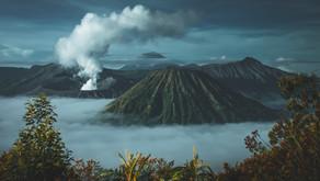 Hawaii's Kilauea Volcano Eruption Creates A Spectacular Pool of Lava
