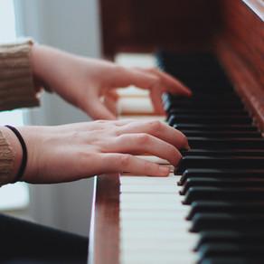 Музыкальная терапия может уменьшить проявления деменции