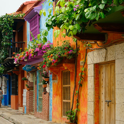 REASONS TO VISIT AND LOVE COLOMBIA