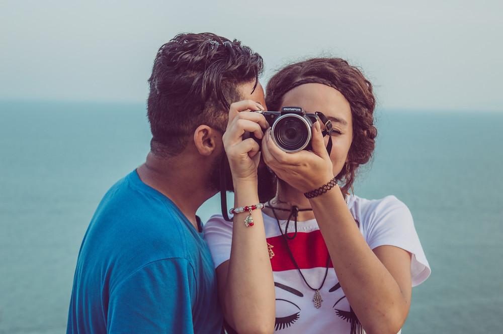 Verlobung feiern mit Fotoshooting