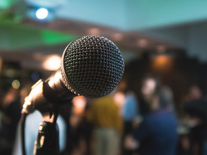 Learn The Art Of Public Speaking In Five Easy Steps