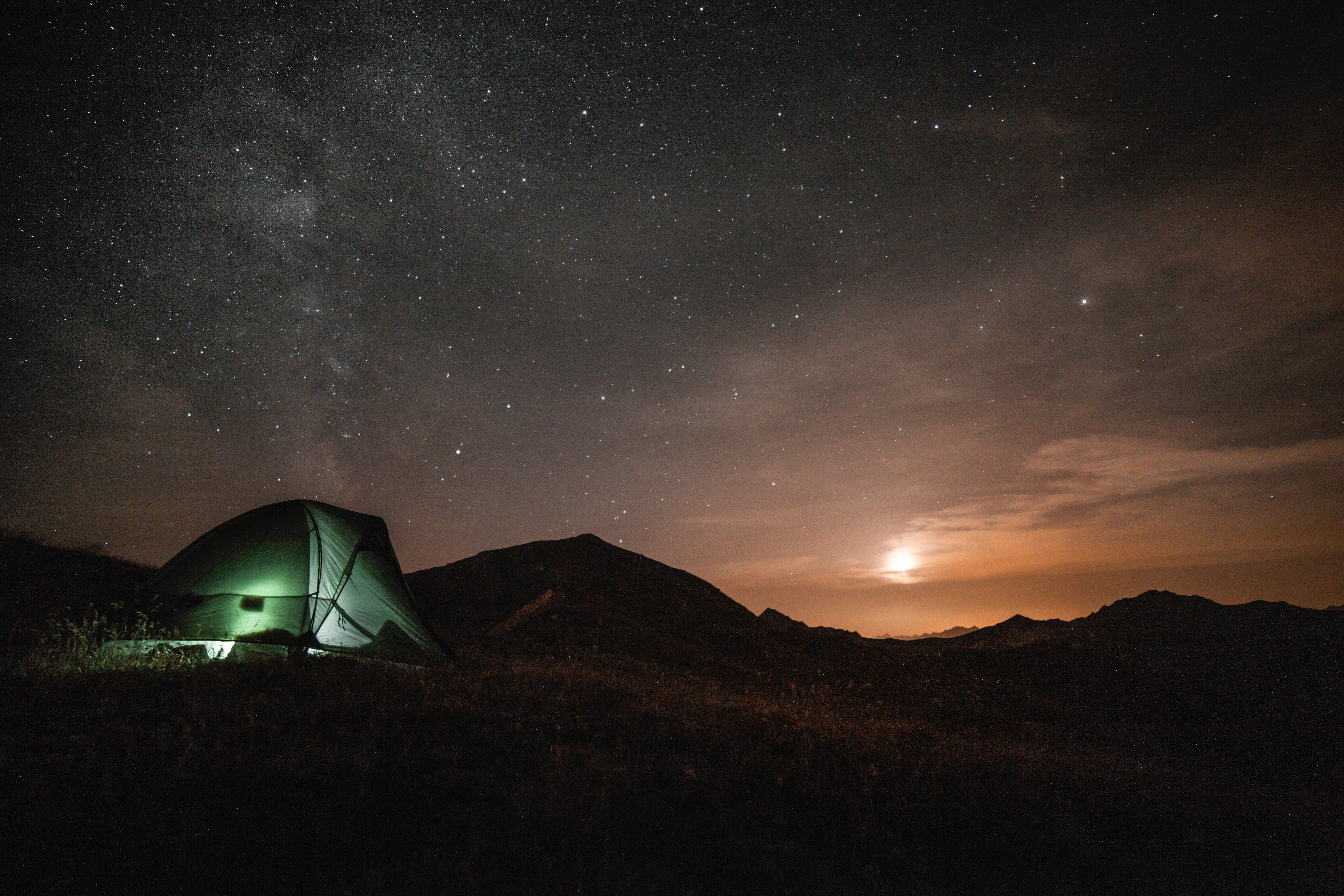 Overnight Camping Boat Rental