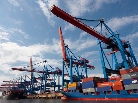 How does freight forwarding work?