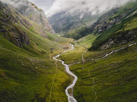 Spiritual Direction as Companionship Through the Valley of Deconstruction