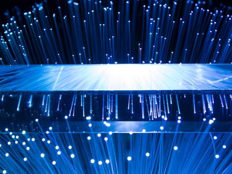 ¿Cómo optimizar la fibra óptica disponible para dar más servicios de conectividad?