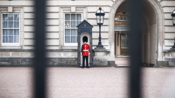 Understanding the monarchy – a socialist analysis.