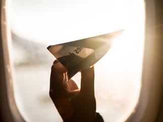 Papieren vliegtuigwedstrijd