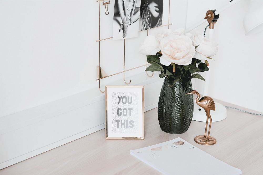 positive quote on desk swoop marketing toronto