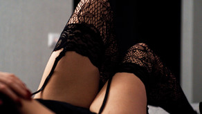 Choosing What to Wear For Your Boudoir Session