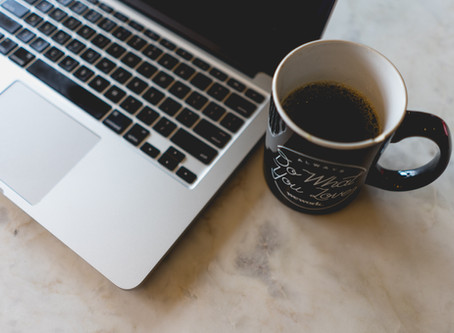 Does a Blogger Need a Virtual Office?