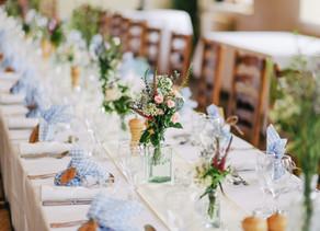 Vad kostar en servitör på bröllop?