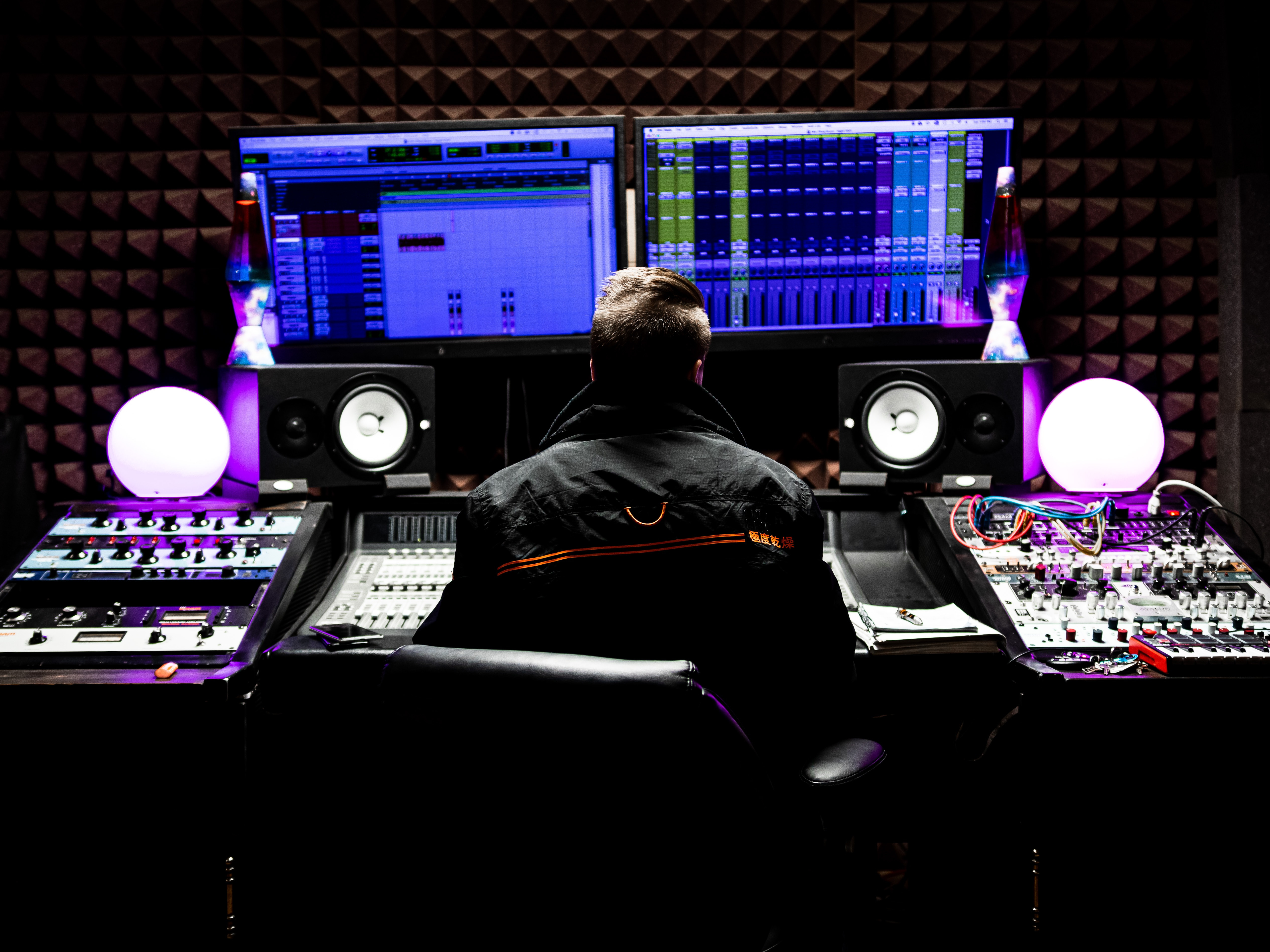 1-Month-Unlimited Studio Time