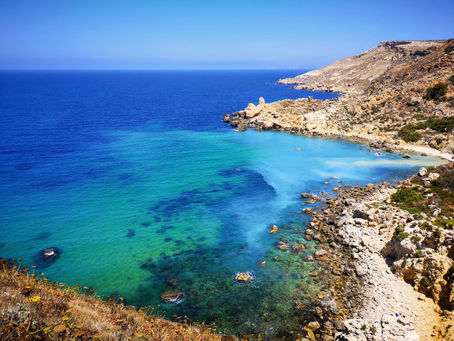 A ilha paradisíaca no sul da Europa que é uma grande atração para intercambistas