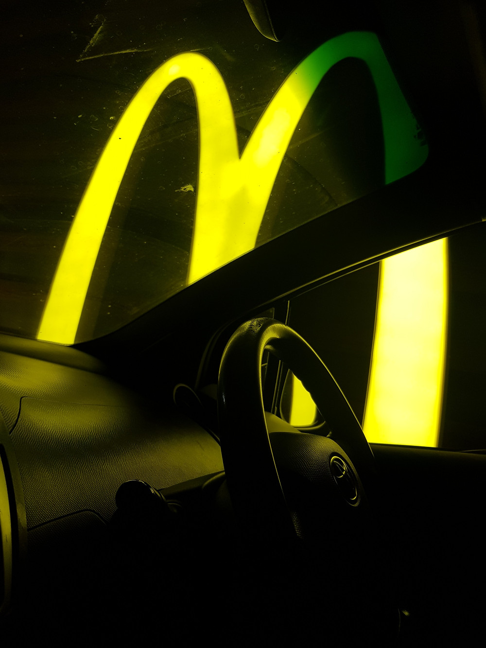 yellow fast food m