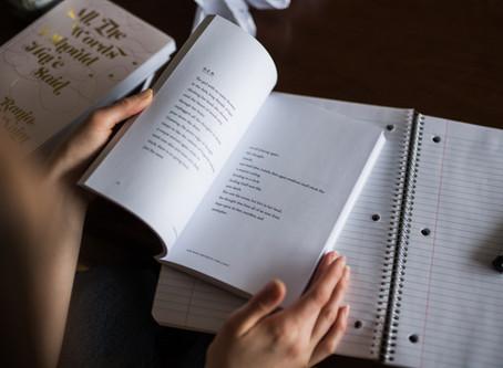 Está precisando de uma mãozinha na hora de estudar a gramática do inglês?
