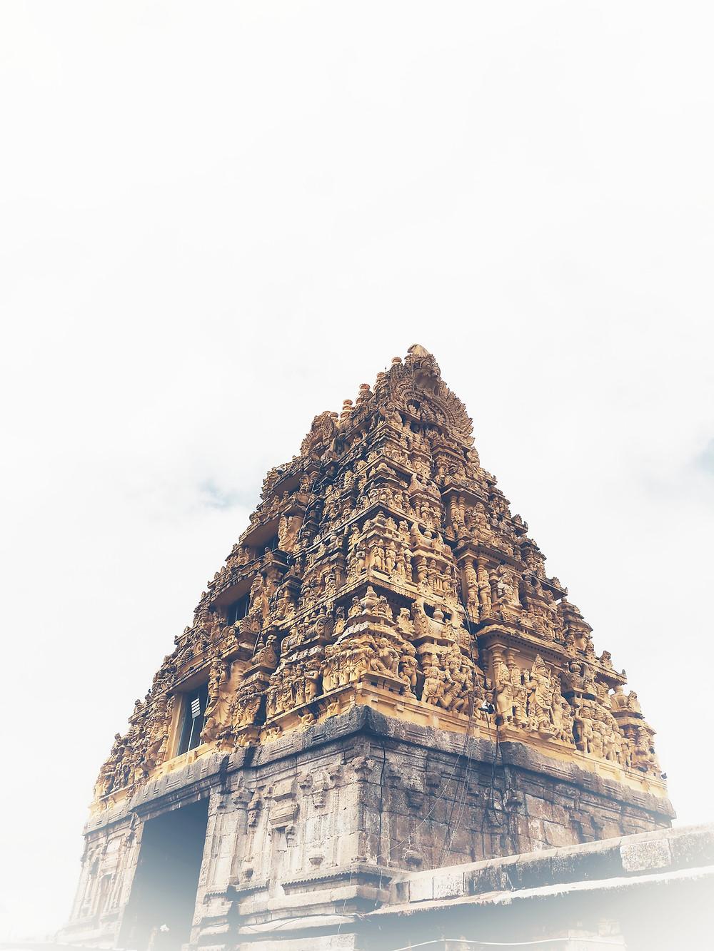 מקדשי קהג'וראהו במדינת מאדהיה פרדש שבהודו