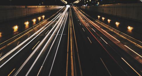Koronanovela ZZVZ: Cesta ke zpružnění nákupů anebo brána k obřímu tunelu?