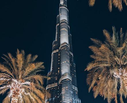Dubai by night: Burj Khalifa