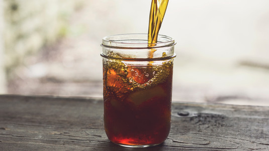 STAY COOL & HYDRATED WITH HERBAL ICED TEA