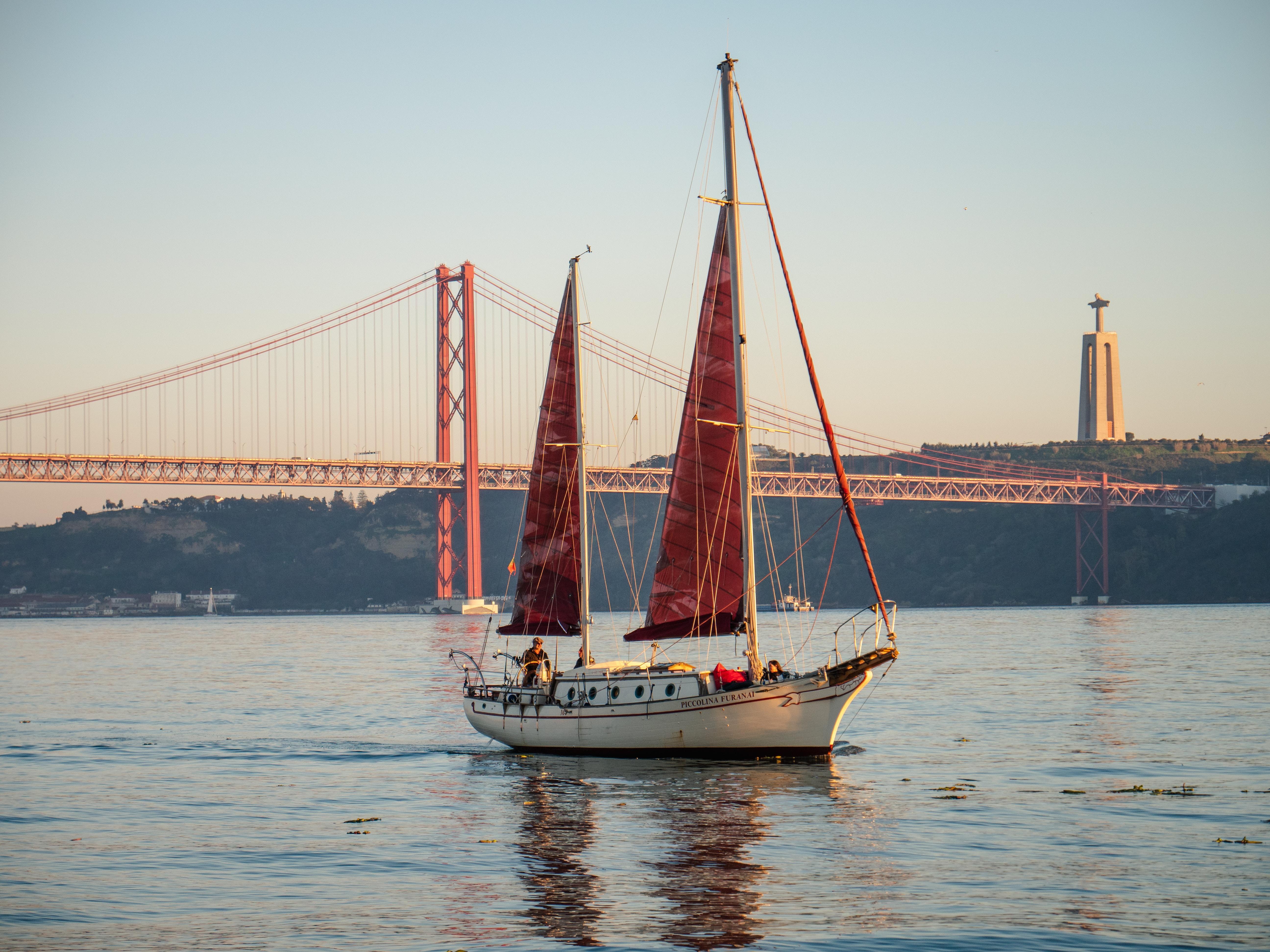 Tour en bateau privé (tour simple ou avec option apéritif, dîner etc...)