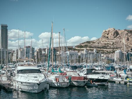 Alicante, o sol espanhol, e um conto de viagem: O que fazer em Alicante em um dia