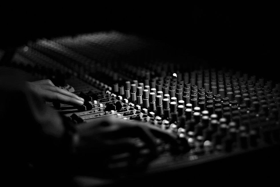 MUSIC MIXING & MASTERING