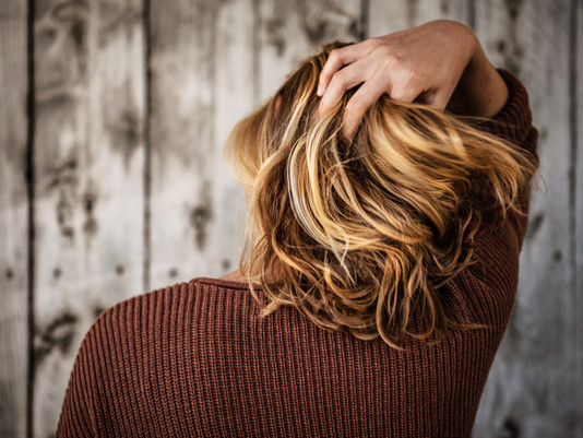 What Should You Do If You're Loosing Hair? (6 Steps Towards Healthy Hair)