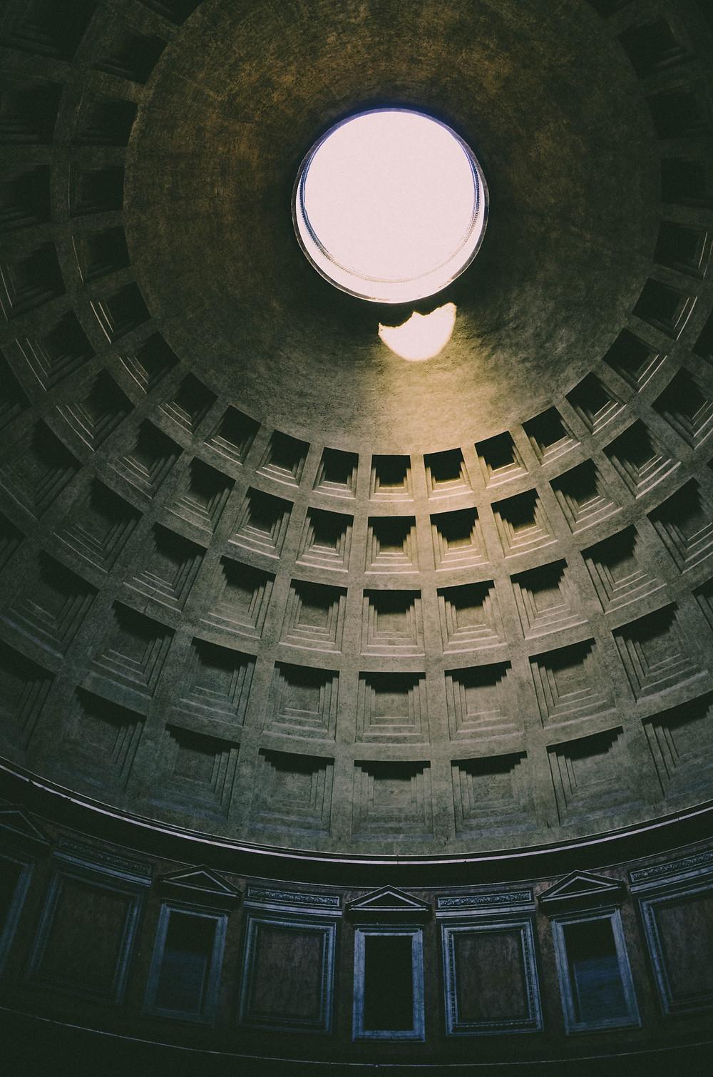 foto da cupula do pantheon em roma