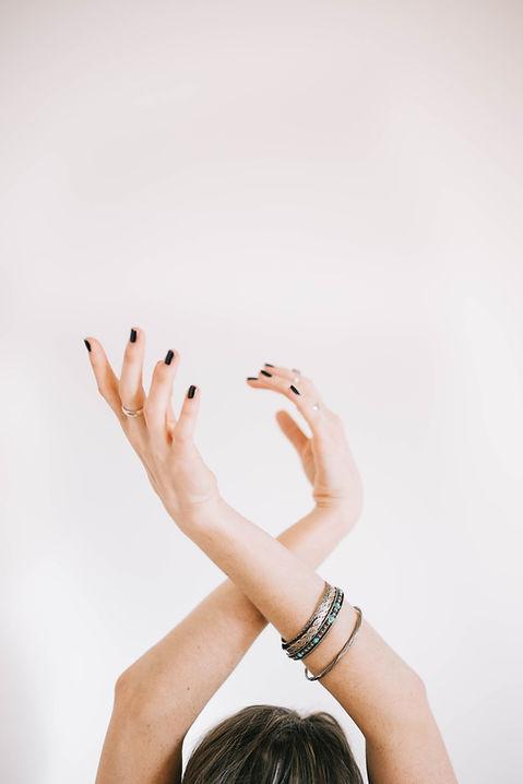 hands, stretching, energy, reiki