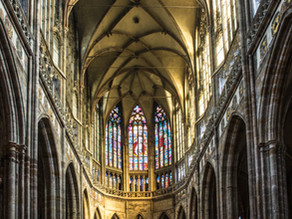 Sobre los desafíos para sacerdotes y personas consagradas