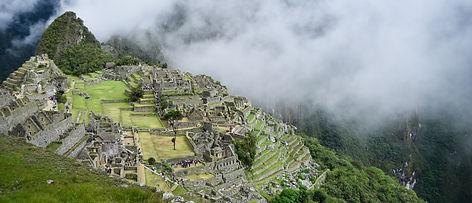 Bolleras viajeras - viaje en grupo a Perú y turismo para mujeres lesbianas, bisexuales, transexuales, LGTBIQA+ y mujeres lesbian friendly. Viaja en grupo y conoce a más mujeres viajeras