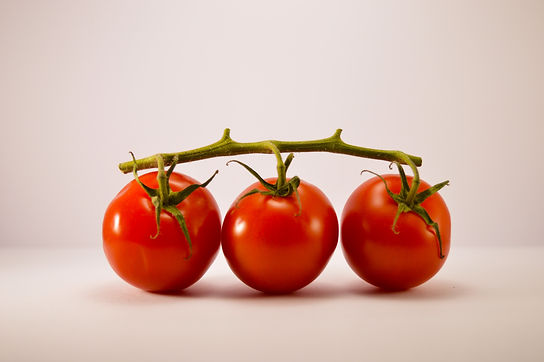 Tomatoes, red, ripe, raw, year round average