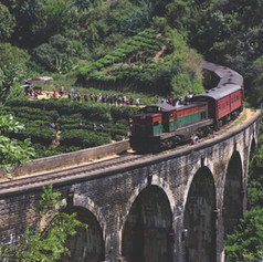 THE BEST TRAIN JOURNEY IN SRI LANKA
