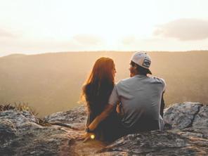 Engagement moon: il viaggio di nozze diventa una pre-luna di miele
