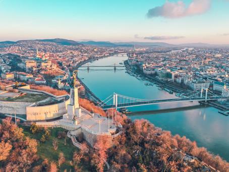 Budapest, tra fasto e fatiscenza