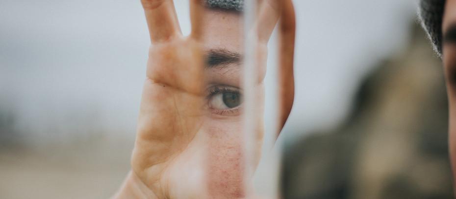 Öykü- Kenan Yusuf- Katili Ararken Kendini Bulmak