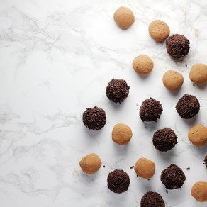 Nut Butter & Chocolate Protein Balls