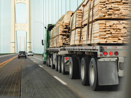 Why Trucking Companies Need Cargo Insurance