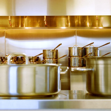 How To Easily Clean Stainless Steel Cookware