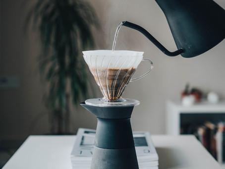 Cách pha cà phê giấy lọc tại nhà (pour over V60)