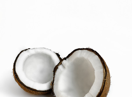 Does Coconut Oil Deserve the Superfood Title?