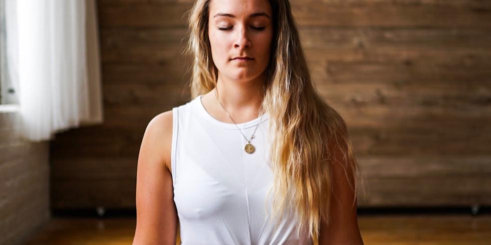 Grunnutdanning Intensiv: Yogautdanning Del 1