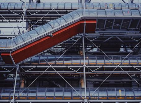 Centre Pompidou, artistic UFO