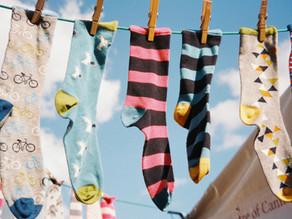 Oggi è la Giornata dei Calzini Spaiati per celebrare la diversità