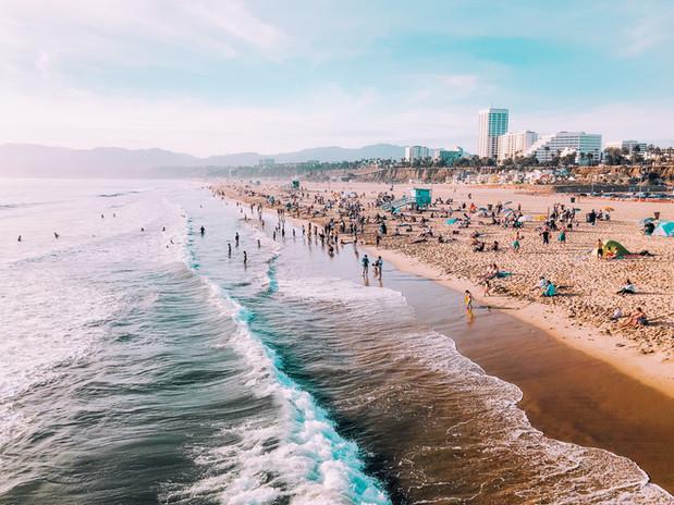 LOS ANGELES  >