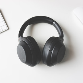 Most Popular Investing Podcasts for Canadians