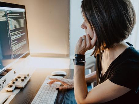Reducir la brecha de mujeres en emprendimiento tech