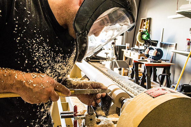 soustruh, woodits, dřevěné hodiny, ruční výroba