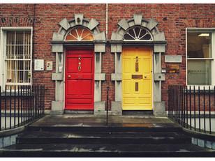 איזו דלת נבחר? אתיקה ומוסר או השנייה..