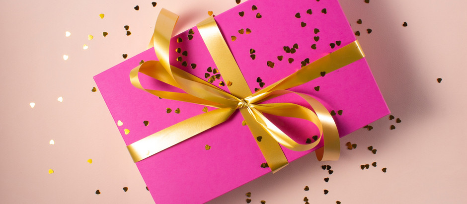 Gifts You Can Buy For Your Daughter on Her Sweet Sixteen